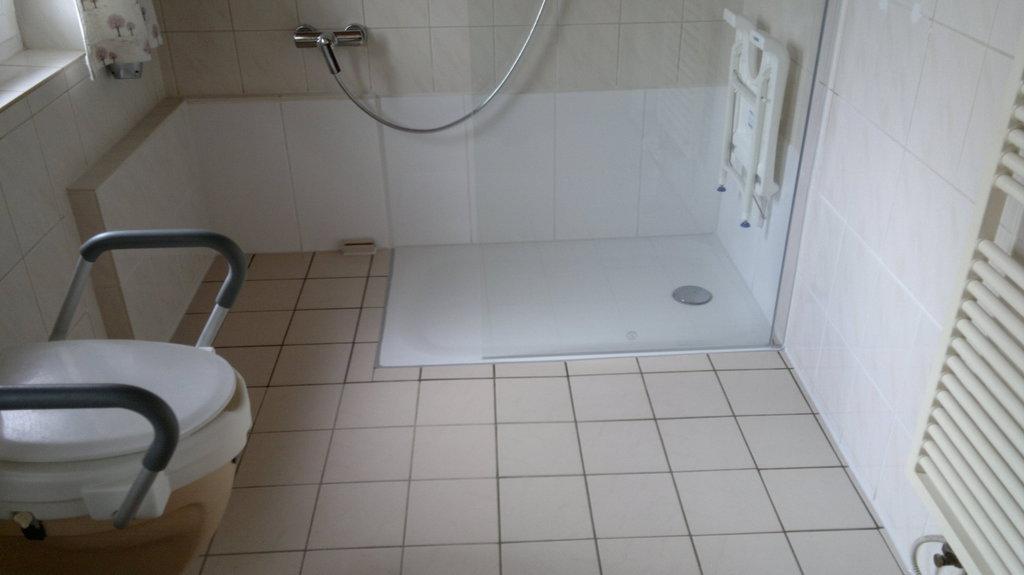 Ihr badewannendoktor umbau wanne auf dusche - Badezimmer umbauen ...