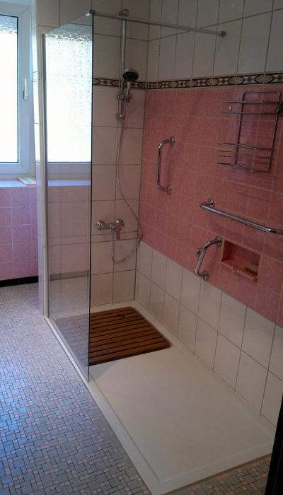 umbau von badwanne auf dusche ihr badewannendoktor. Black Bedroom Furniture Sets. Home Design Ideas